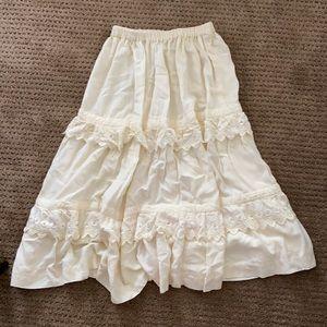 Ruffled Petticoat Skirt! 🤍